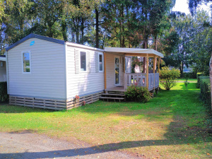 Location Mobil-Home au camping l'Hypo'Camp